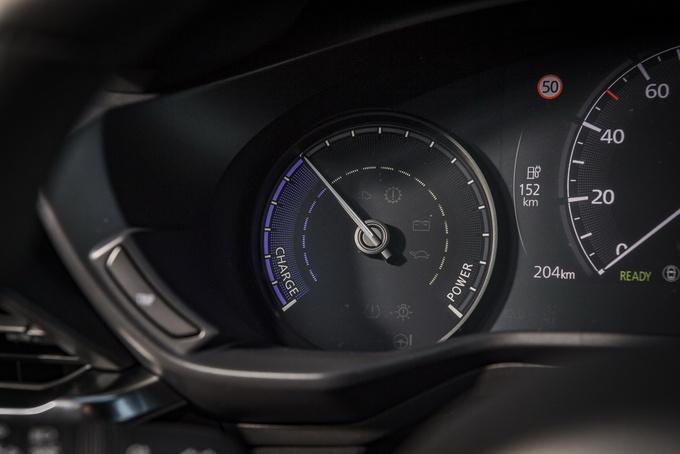 马自达纯电SUV MX-30售价公布 搭对开门设计-图7