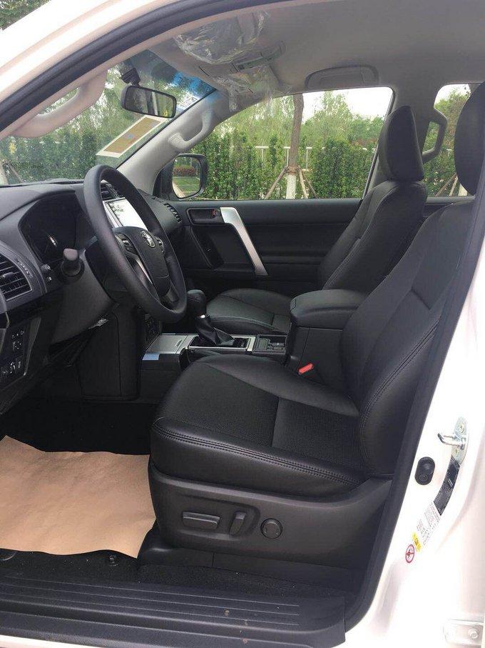 2018款丰田霸道2.8T 柴油版五座全时四驱-图8