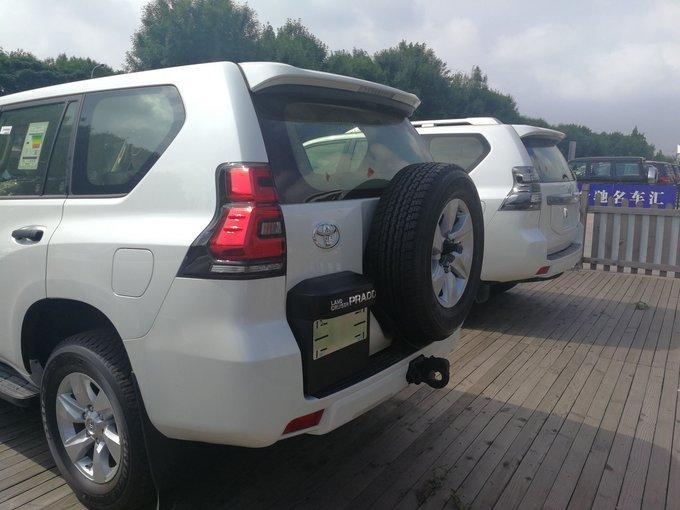 18丰田普拉多2700 原厂天窗后挂备胎报价-图3