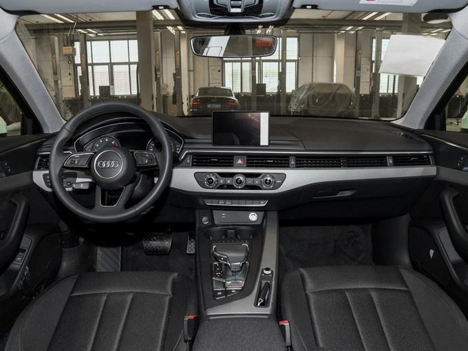 奥迪A4L最高优惠7.4万元 店内现车销售-图3