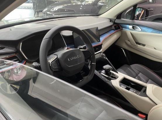 领克06到店 预售12.06万/领克家族最便宜的车来了-图5