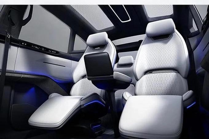 可进化超跑SUV 高合HiPhi X将于北京车展全球上市-图3