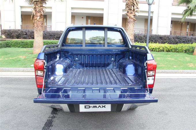 五十铃全新D-MAX上市售10.88万—19.88万元-图5