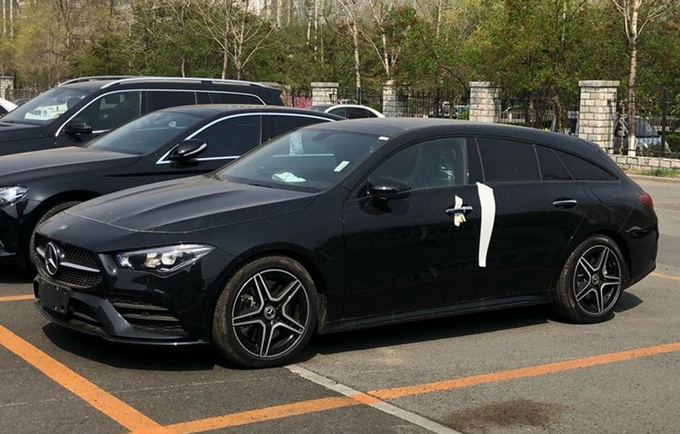 奔驰全新CLA猎装国内实拍 造型更运动/28万起售-图1