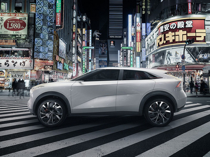 英菲尼迪首款纯电SUV曝光 竞争特斯拉/本月首发