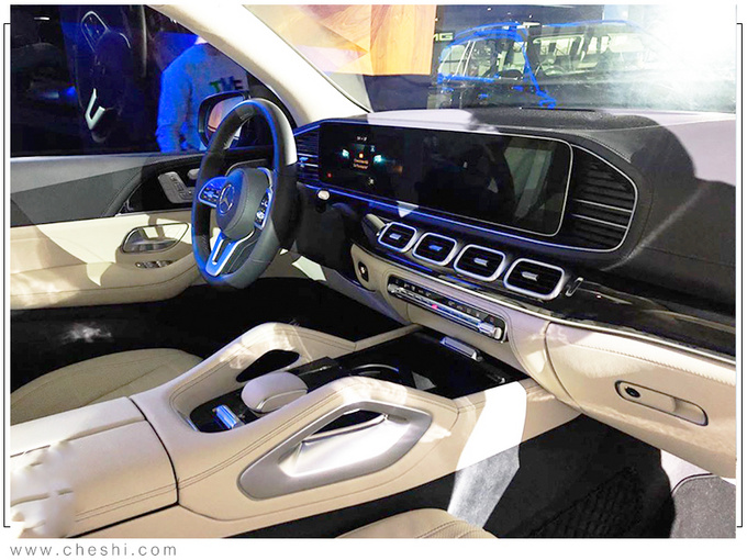 奔驰全新一代GLS实拍 搭3.0T混动/提供6座可选-图7