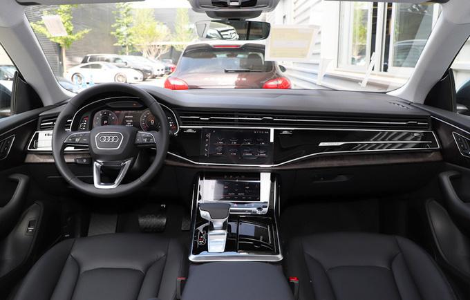 奥迪新款Q8 3.0T车型配置曝光 买车最多能省5万-图1
