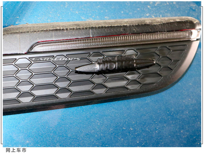 新款MINI Cooper谍照搭2.0T/中置双出排气更个性-图6