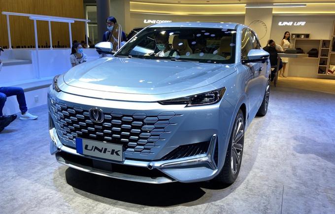 长安全新SUV首发亮相 外观前卫/尺寸超本田冠道-图1