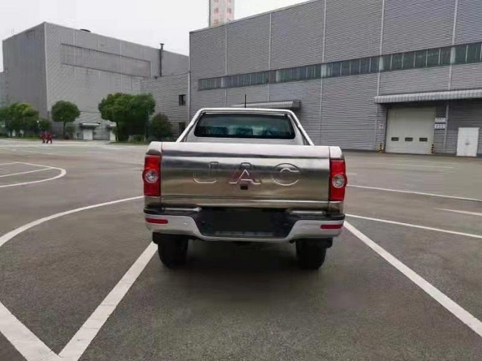 江淮T6皮卡沿海版上市304不锈钢货箱-图4