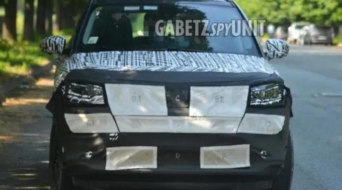 新款Jeep指南者路试谍照曝光 或明年下半年亮相-图1