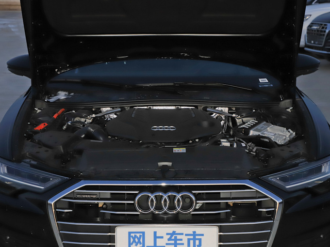 奥迪A6L最高优惠8.2万元 店内现车销售-图3