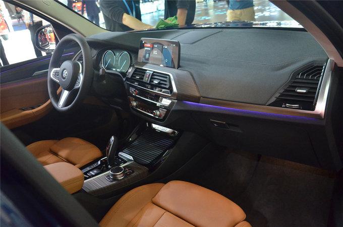 全新宝马X3亮相重庆车展 售39.98万元起-图6