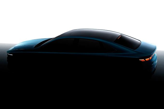 吉利高端轿车实拍 最快7月公布中文名-2.0T动力-图2
