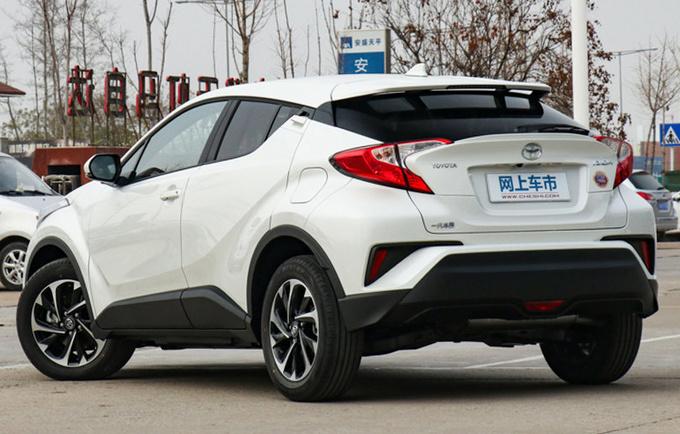 一汽丰田奕泽将推新款车型 增2.0L混动油耗更低-图3