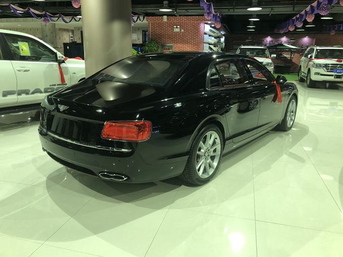 18款欧规宾利飞驰V8S 天窗4座超高性价比-图3