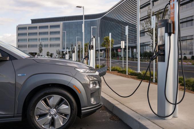 半年新增2万指标 新能源汽车如何选择?-图2