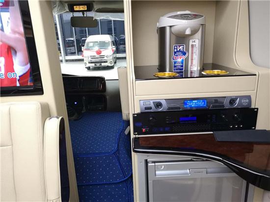 丰田考斯特换新装 品牌大巴座位全配置丰-图5