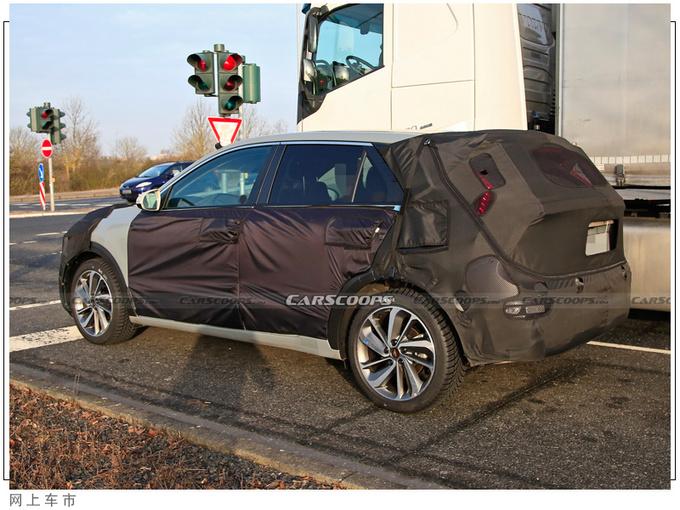起亚全新SUV曝光搭1.6T引擎/年底即将亮相-图3