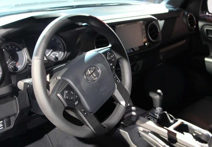 新款丰田Tacoma皮卡亮相  全系车型迎改款-图5