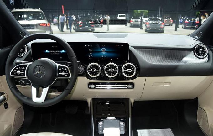 奔驰全新GLA投产下线 8月份上市 26万元起售-图5