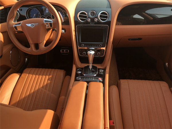 2018款宾利飞驰V8S 欧规平行进口运动版-图8