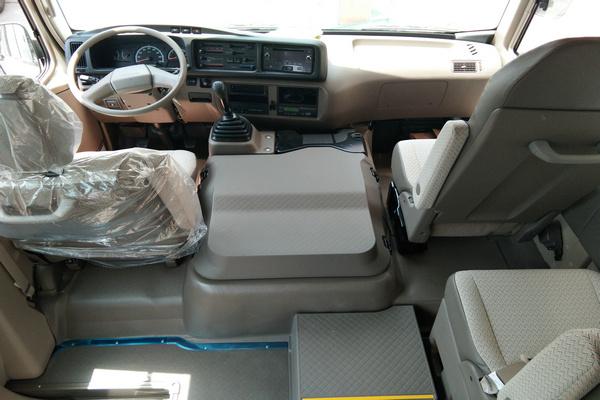 18丰田考斯特降价促销 豪华客舱全新改装-图16