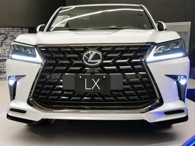 雷克萨斯新款LX进店实拍搭5.7L V8+四驱系统-图1