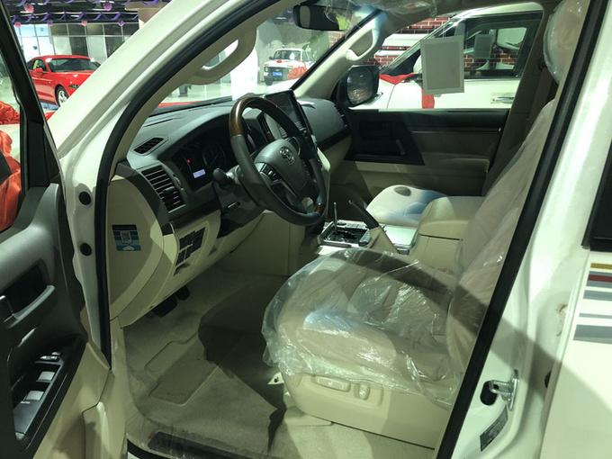 18款中东丰田酷路泽4600 V8大折扣91万售-图8