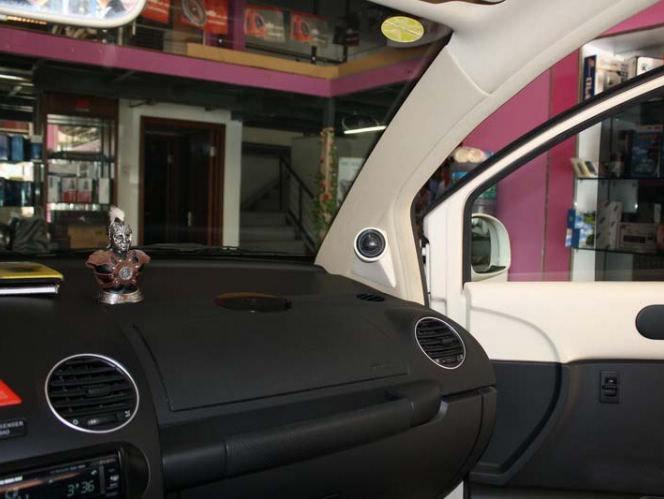 大众甲壳虫汽车音响改装高清图片