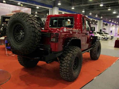 大脚怪兽 jeep牧马人越野改装高清图片