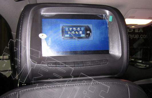 奥迪Q5加装导航DVD 倒车影像和专用头枕屏高清图片