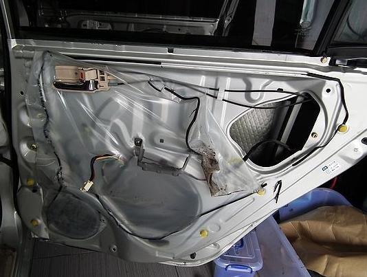 比亚迪f3汽车音响改装隔音高清图片