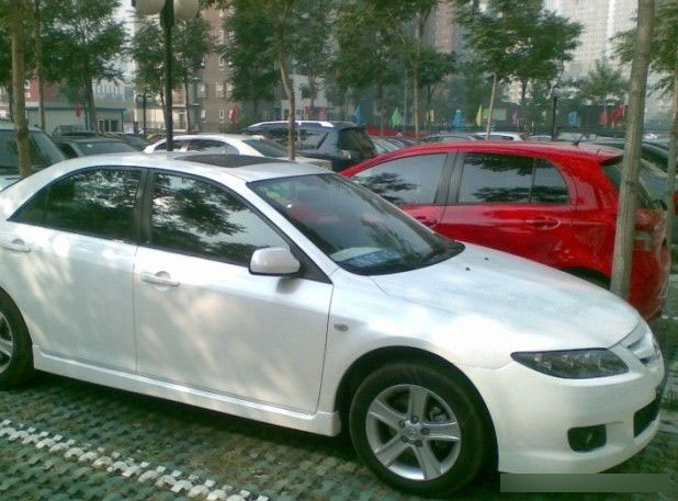 白色马自达6改装换5hb轿跑包围高清图片