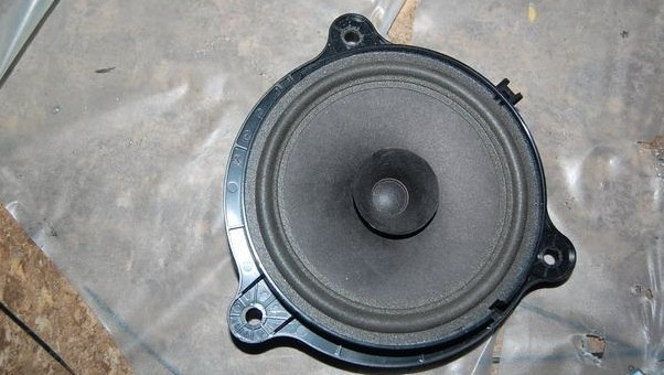 比亚迪   f3汽车音响改装就告一段落!   看来原车主机和换装高清图片