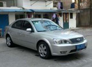 2005款2.0L 自动尊贵型