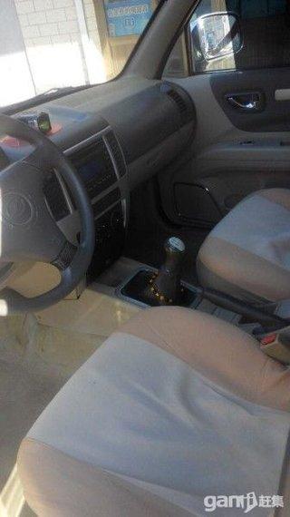 2009款2.4L 手动两驱超豪华版