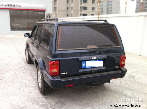 北京切诺基发动机内部结构图
