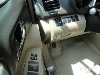 2011款2.7L 自动两驱豪华导航版 7座