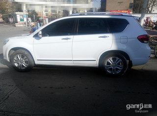 2011款2.0L 手动汽油两驱尊贵型 5座
