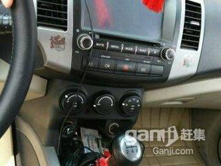 2011款2.4L 手动汽油4X2豪华型 5座