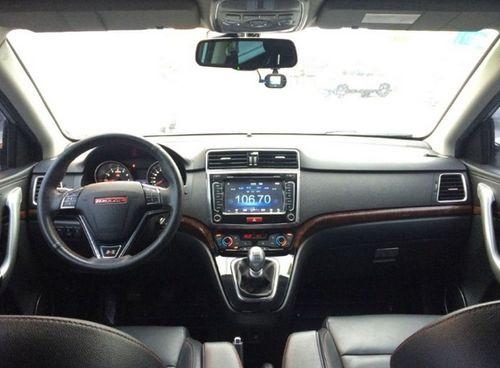 2013款运动版 1.5T 手动两驱精英型 5座