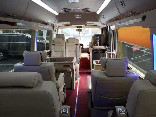 2015款4.0L豪华车GRB53L-ZCMEK20座