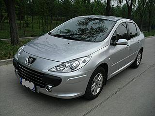 2010款三厢 2.0L 自动舒适版