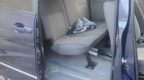 刹车防抱死系统 ABS 多功能方向盘高清图片