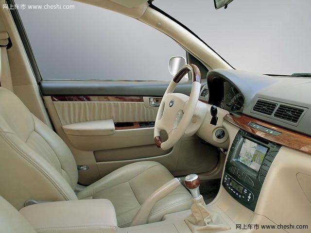 车报告:福莱尔福星--e时代的e功能·飞来横福-秦川福莱尔试驾高清图片