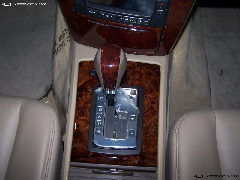 凯迪拉克新srx 10月12日上市·动力提升+四驱 凯迪拉克新/老高清图片