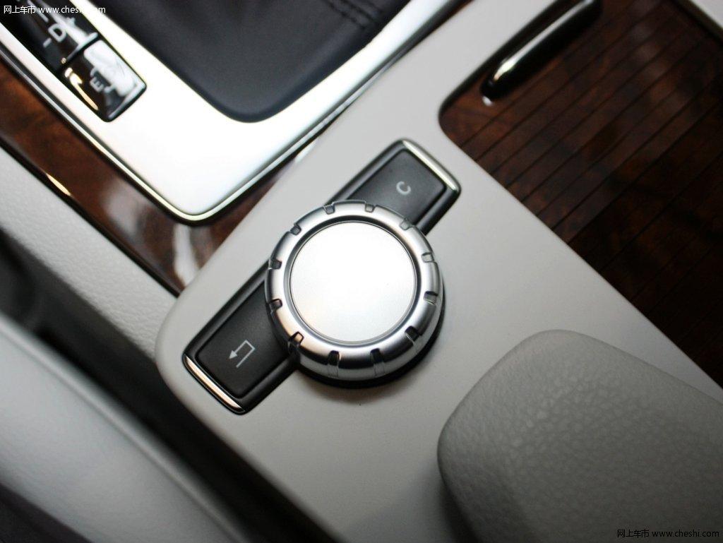 图片库 奔驰 奔驰c级 其他细节 2011款 c200 优雅型其他细节  速度3秒
