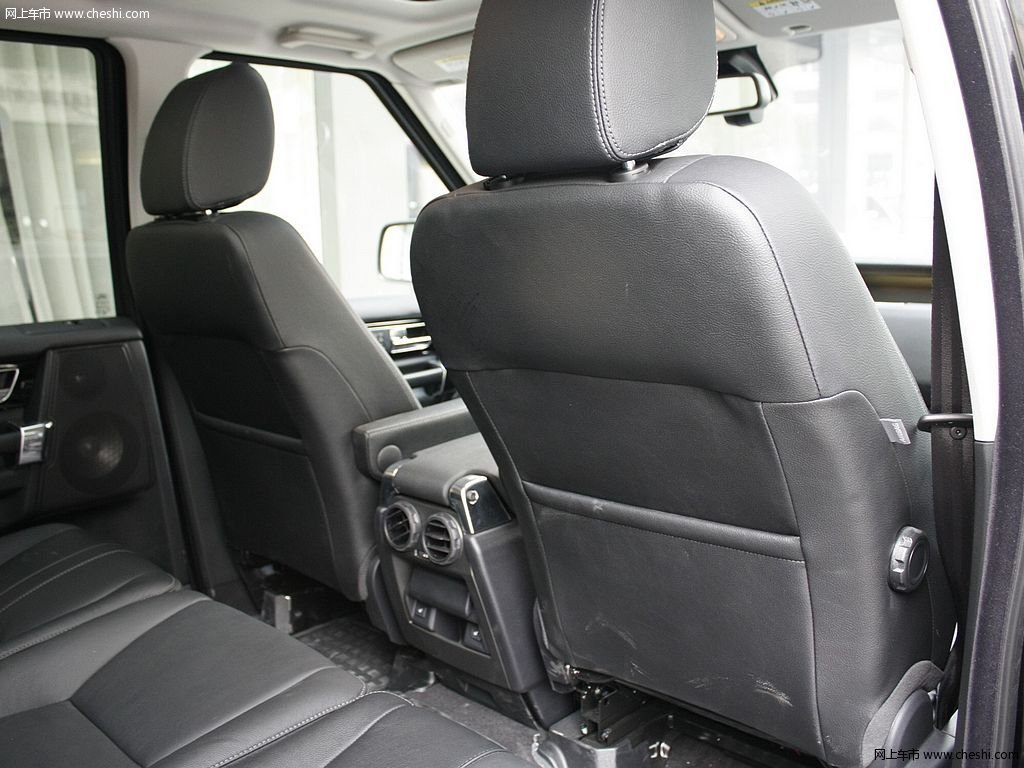 圣托里尼黑路虎发现 2012款 5.0 自动HSE汽油版 7座车厢座椅高清图片高清图片