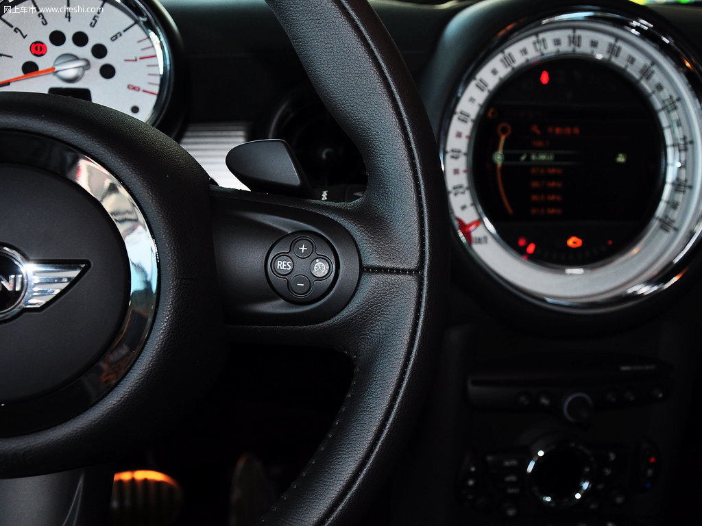 牛津绿mini coupe 2012款 1.6t atcouper s版内饰中控图片